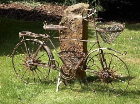 deko fahrrad mit korb geldgeschenk. Black Bedroom Furniture Sets. Home Design Ideas